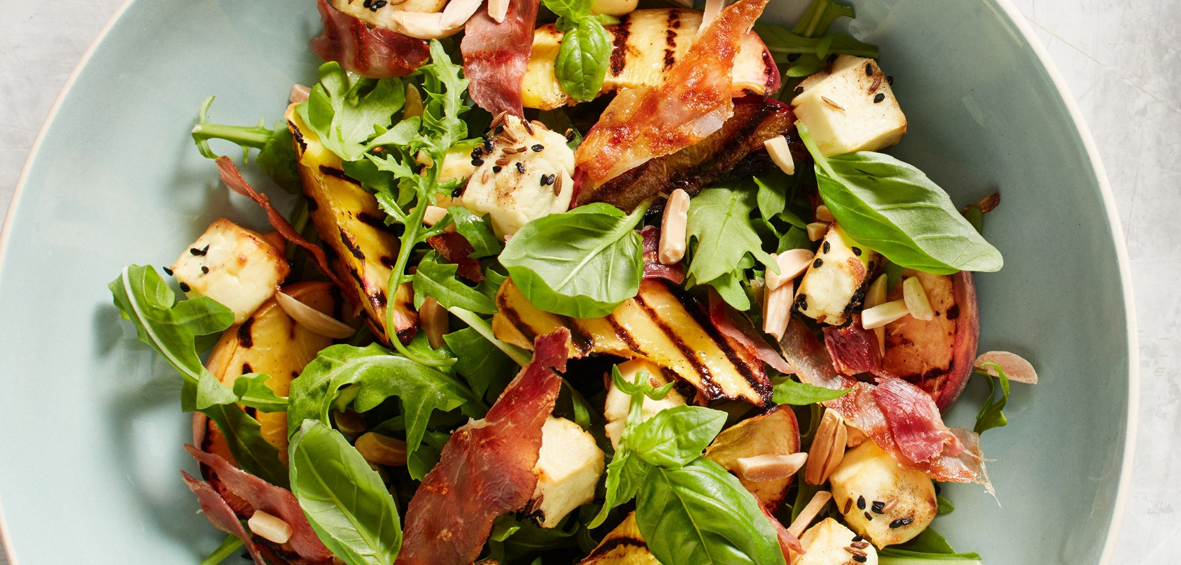 GRILLED PEACH & PROSCIUTTO SALAD