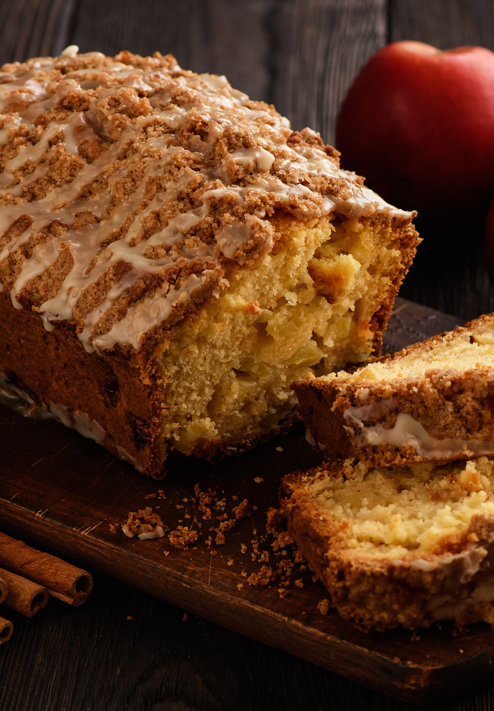 Apple & Cinnamon Bread